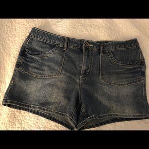 Cato Denim Shorts~ Size 16